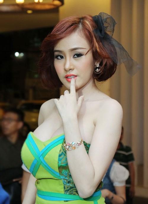 Nếu Angela Phương Trinh, Bà Tưng biến mất khỏi showbiz Việt? - Ảnh 3