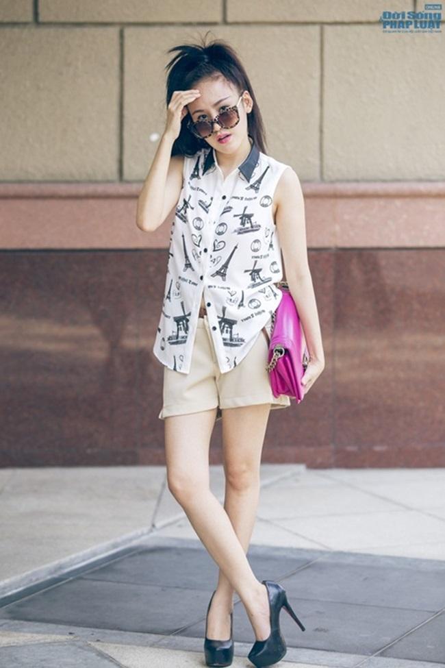 Diện style chuẩn, đẹp xuống phố ngày Hè như Bà Tưng - Ảnh 8