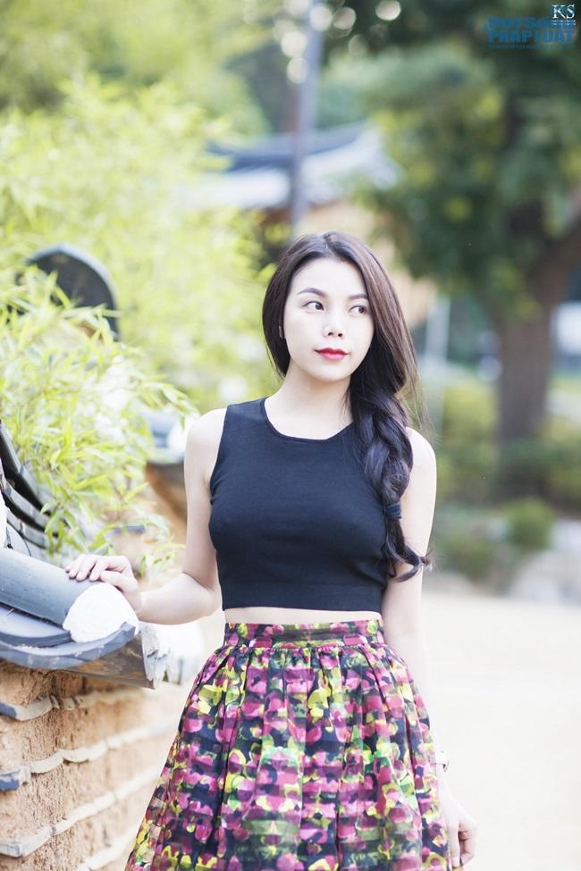 Trà Ngọc Hằng gợi cảm trên phố Seoul - Ảnh 5