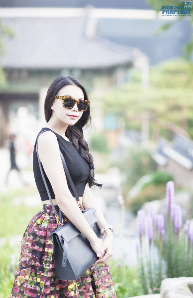 Trà Ngọc Hằng gợi cảm trên phố Seoul - Ảnh 7