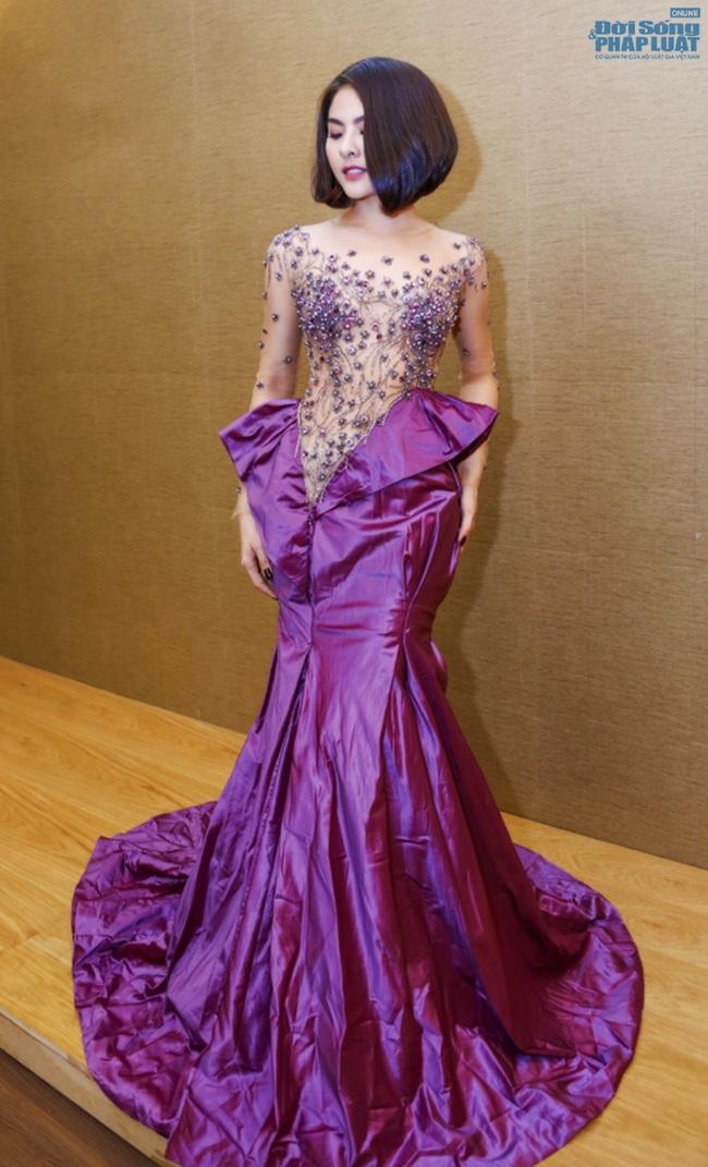 Vân Trang mạnh tay chi 6.000 USD mua váy dự LHP tại Pháp  - Ảnh 2