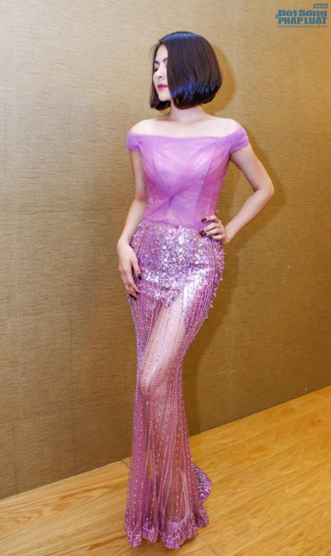 Vân Trang mạnh tay chi 6.000 USD mua váy dự LHP tại Pháp  - Ảnh 5