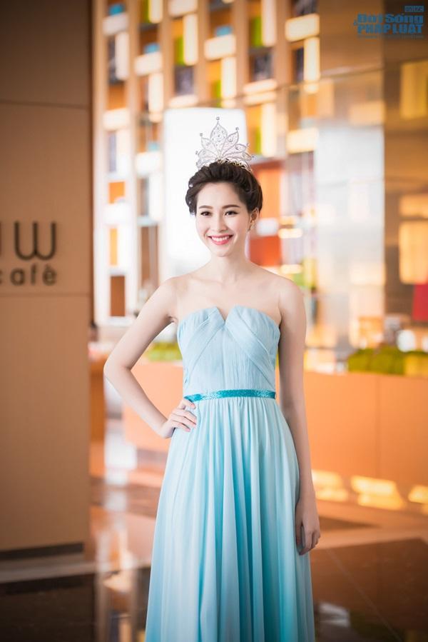 Dàn Hoa hậu, Á hậu hội ngộ trong họp báo Hoa hậu Việt Nam 2014 - Ảnh 2