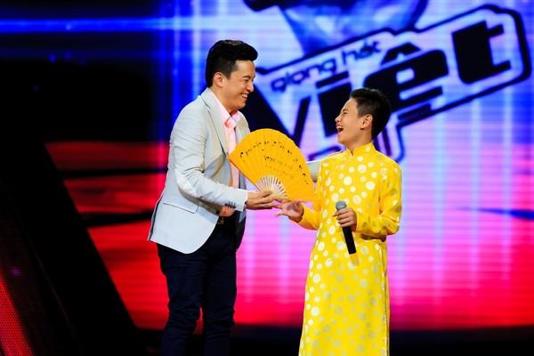 Giọng hát Việt nhí 2014: HLV đấu đá, tranh giành thí sinh gay gắt - Ảnh 1