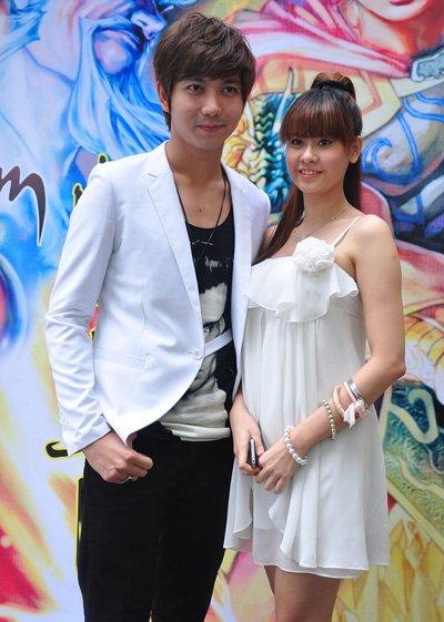 Tim: Tôi và Quỳnh Anh đã đăng ký kết hôn - Ảnh 2
