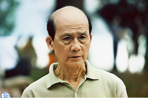 """NSƯT Phạm Bằng phủ nhận việc """"sờ soạng"""" trước ban thờ - Ảnh 2"""