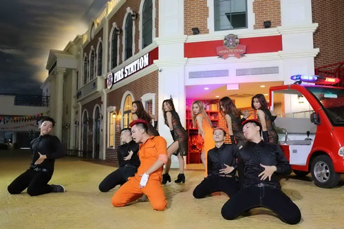 Chí Thiện lột xác với MV 16+ Fireman - Ảnh 6