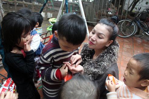 Nhiều sao Việt từng đến chùa Bồ Đề làm từ thiện - Ảnh 2