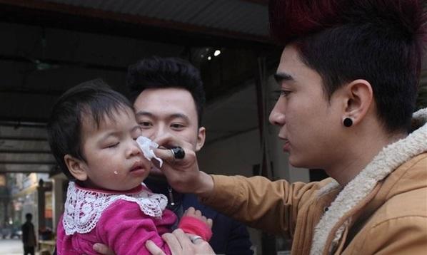 Nhiều sao Việt từng đến chùa Bồ Đề làm từ thiện - Ảnh 5