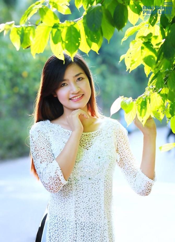 Phút trải lòng của thí sinh Hoa hậu Việt Nam 2014 - Ảnh 2