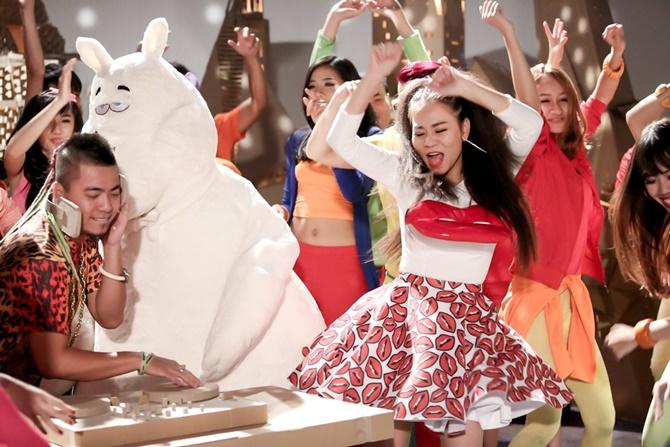 Thu Minh phát hành MV phản đối ăn thịt chó - Ảnh 7