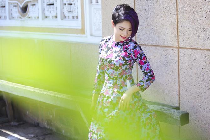 """""""Búp bê con trai"""" Thanh Thảo e thẹn khi mặc áo dài - Ảnh 2"""