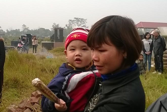 Đám tang đẫm nước mắt của nữ sinh bị chết cháy ở Hà Nội - Ảnh 9