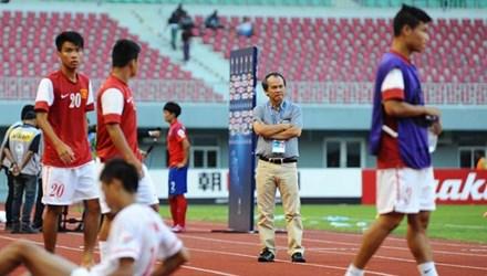 """Nhận mình """"đen"""", bầu Đức chia tay đội U19 Việt Nam - Ảnh 1"""