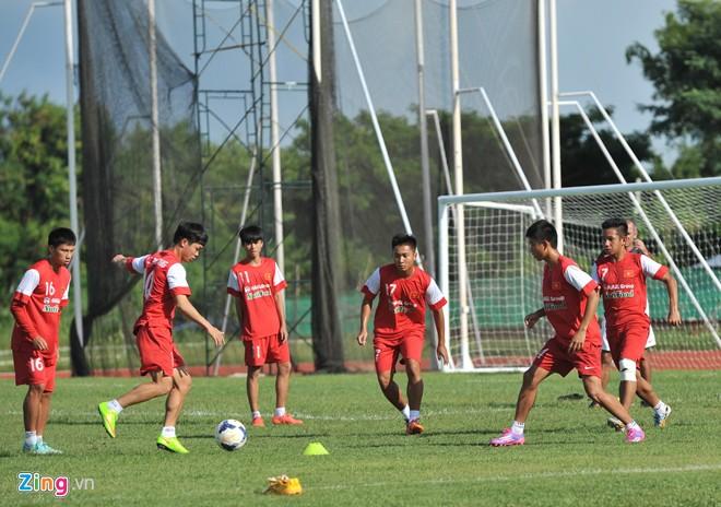 U19 Việt Nam tập bóng bổng chống lại U19 Hàn Quốc - Ảnh 3