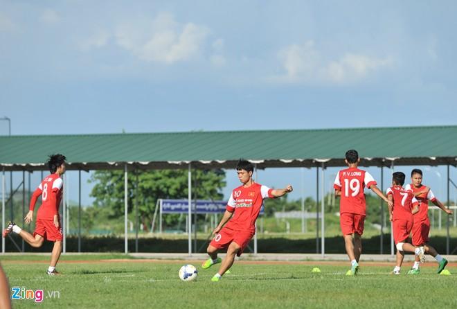 U19 Việt Nam tập bóng bổng chống lại U19 Hàn Quốc - Ảnh 5