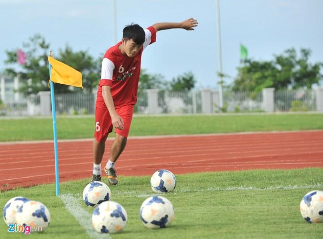 U19 Việt Nam tập bóng bổng chống lại U19 Hàn Quốc - Ảnh 8