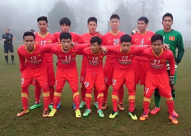 Dùng đội hình dự bị, U19 Việt Nam vẫn cầm hòa Coventry - Ảnh 1