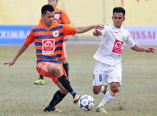 Cầu thủ có bằng Đại học của V.Ninh Bình bất ngờ bị bắt - Ảnh 1