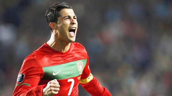 Những tuyệt phẩm ngoạn mục của Ronaldo đường đến World Cup 2014 - Ảnh 1