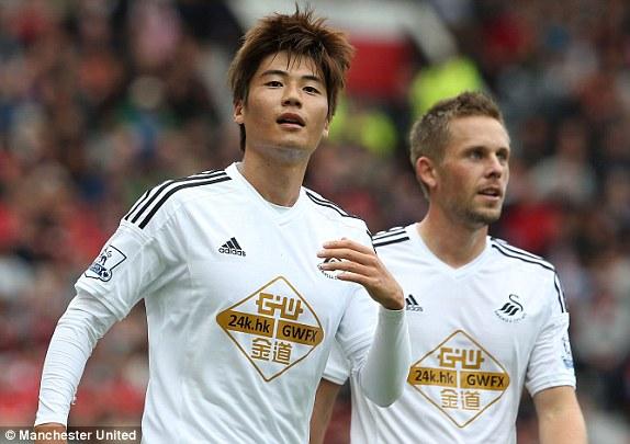 Rooney lập siêu phẩm, M.U vẫn thua sốc trước Swansea - Ảnh 4