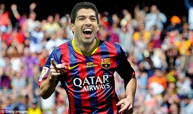 """Barca không cấm Suarez """"cắn người"""" - Ảnh 1"""