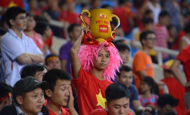 Cầu thủ U19 Việt Nam gục khóc, fan buồn rượi sau thất bại - Ảnh 5