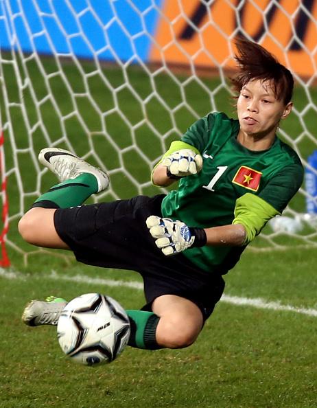 Tuyển nữ Việt Nam có thể ngẩng cao đầu dù thua Nhật Bản 0-3 - Ảnh 1