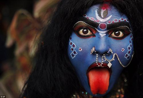 Hình ảnh ấn tượng tại lễ hội Maha Shivratri của người Hindu - Ảnh 3