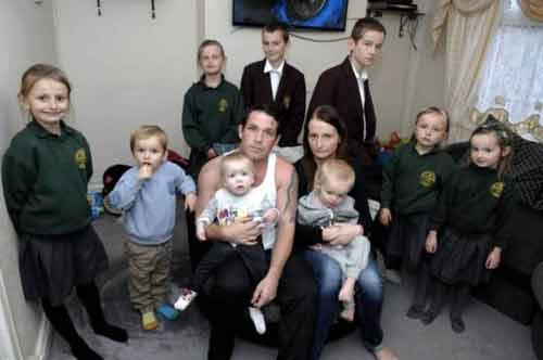 """Bà mẹ 9 đứa con: """"Tôi không bao giờ dùng bao cao su khi quan hệ"""" - Ảnh 1"""