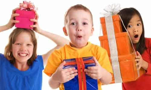 Cách chọn quà ý nghĩa cho bé nhân ngày Quốc tế Thiếu nhi - Ảnh 1