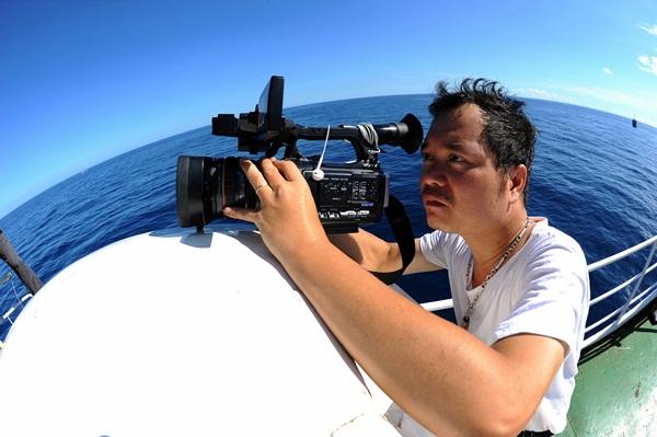 Phóng viên VTV với những hình ảnh chưa từng lên sóng ở Biển Đông - Ảnh 11