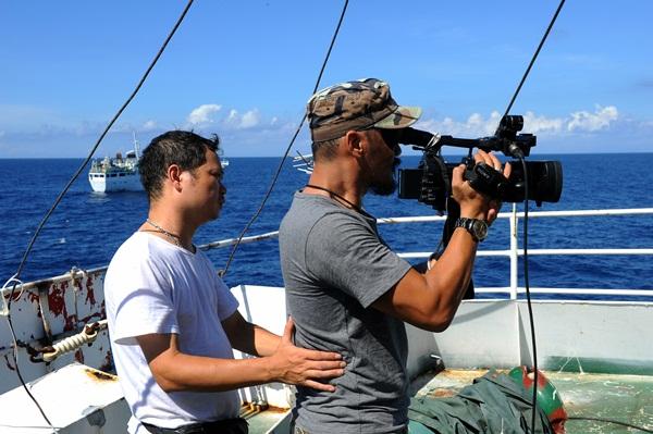 Phóng viên VTV với những hình ảnh chưa từng lên sóng ở Biển Đông - Ảnh 17