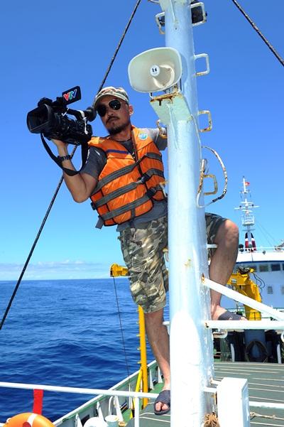 Phóng viên VTV với những hình ảnh chưa từng lên sóng ở Biển Đông - Ảnh 24