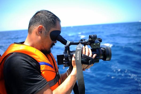 Phóng viên VTV với những hình ảnh chưa từng lên sóng ở Biển Đông - Ảnh 7