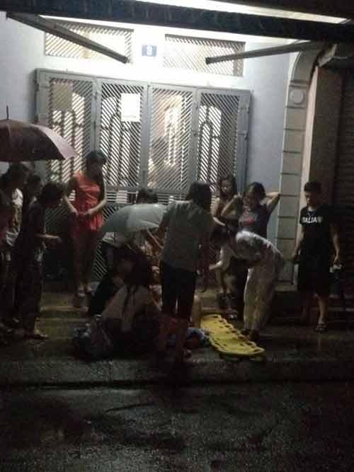 Thương cảm bà mẹ trẻ sinh non ngoài đường giữa đêm mưa - Ảnh 2