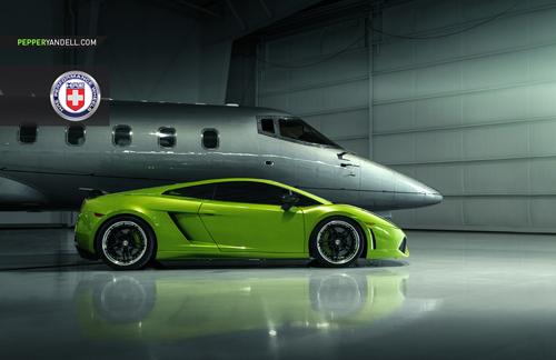 Bộ ảnh cực độc Lamborghini Gallardo khoe dáng cùng phi cơ - Ảnh 3