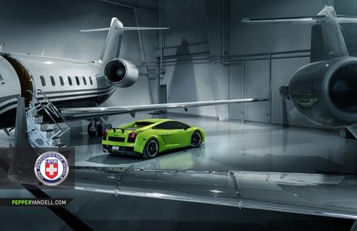 Bộ ảnh cực độc Lamborghini Gallardo khoe dáng cùng phi cơ - Ảnh 4