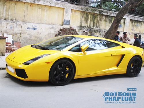 Bò vàng Lamborghini Gallardo tái xuất trên phố Hà Nội - Ảnh 2