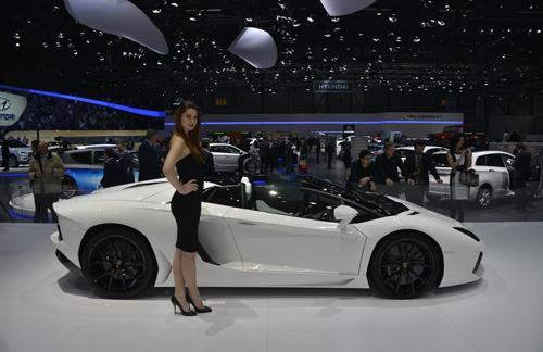 Lamborghini xuất xưởng siêu xe Aventador trong vòng 8 giờ - Ảnh 3