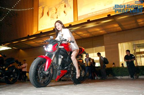 Sài Gòn: Xế độ khủng tại buổi công chiếu bom tấn Need for Speed - Ảnh 4