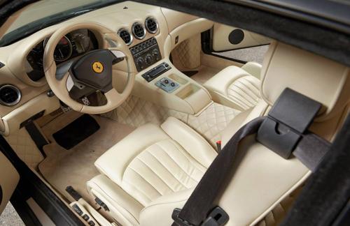 Cận cảnh siêu xe cực hiếm Ferrari 575 GTZ - Ảnh 5