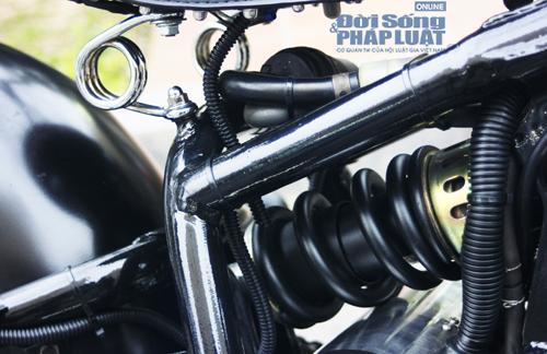 Honda Shadow độ Bobber cực ngầu của dân chơi Hà thành - Ảnh 8
