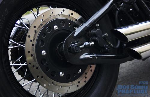 Honda Shadow độ Bobber cực ngầu của dân chơi Hà thành - Ảnh 13