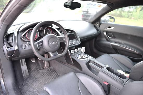 Siêu xe Audi R8 V10 - hàng hiếm tại Việt Nam - Ảnh 4