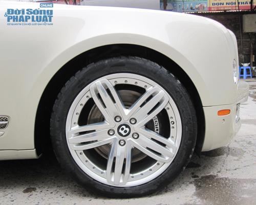 """""""Quý tộc Anh"""" Bentley Mulsanne tại Hà Nội - Ảnh 4"""