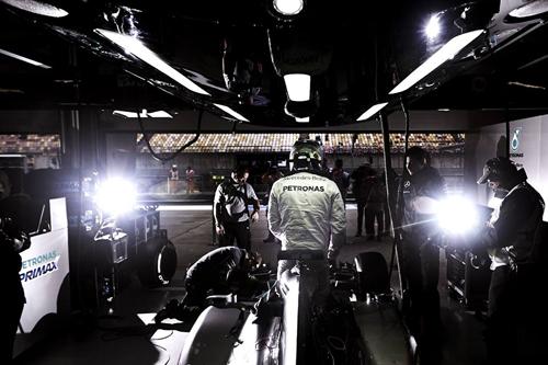 Hamilton và những khoảnh khắc vàng tại đường đua F1 Trung Quốc - Ảnh 5