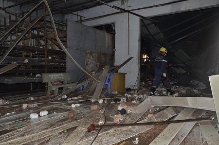 Chùm ảnh toàn cảnh vụ nổ lớn kinh hoàng ở TP.HCM - Ảnh 7