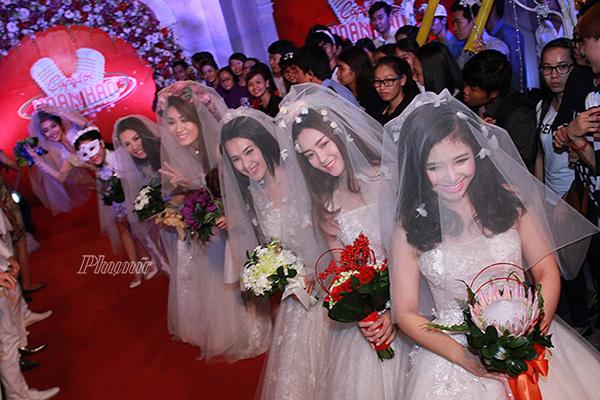 Đám cưới tập thể của 7 cặp nghệ sĩ - Ảnh 4