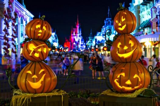 Halloween với những trái bí ngô kỳ bí, huyền ảo - Ảnh 7